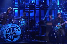 Watch Saturday Night Live  The Black Keys  Bullet in the Brain   Hulu Plus (1)