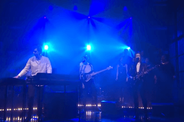 Jamie xx Performance   Loud Places    Video   Late Night with Seth Meyers   NBC