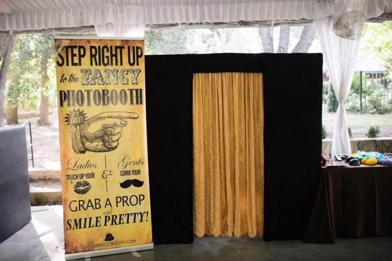 Austin photo booth rental-gold-curtain
