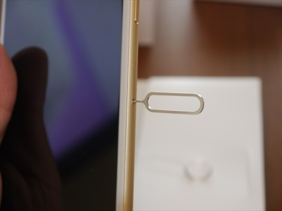 【iPhone6】と【iPhone6 plus】がやってきた。-SIMピン3-@livett_1