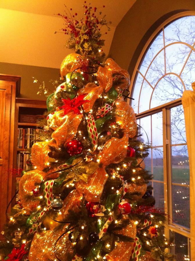 Disney Musings DIY Mickey Mouse Christmas Ornaments - Part 1 - disney christmas decorations