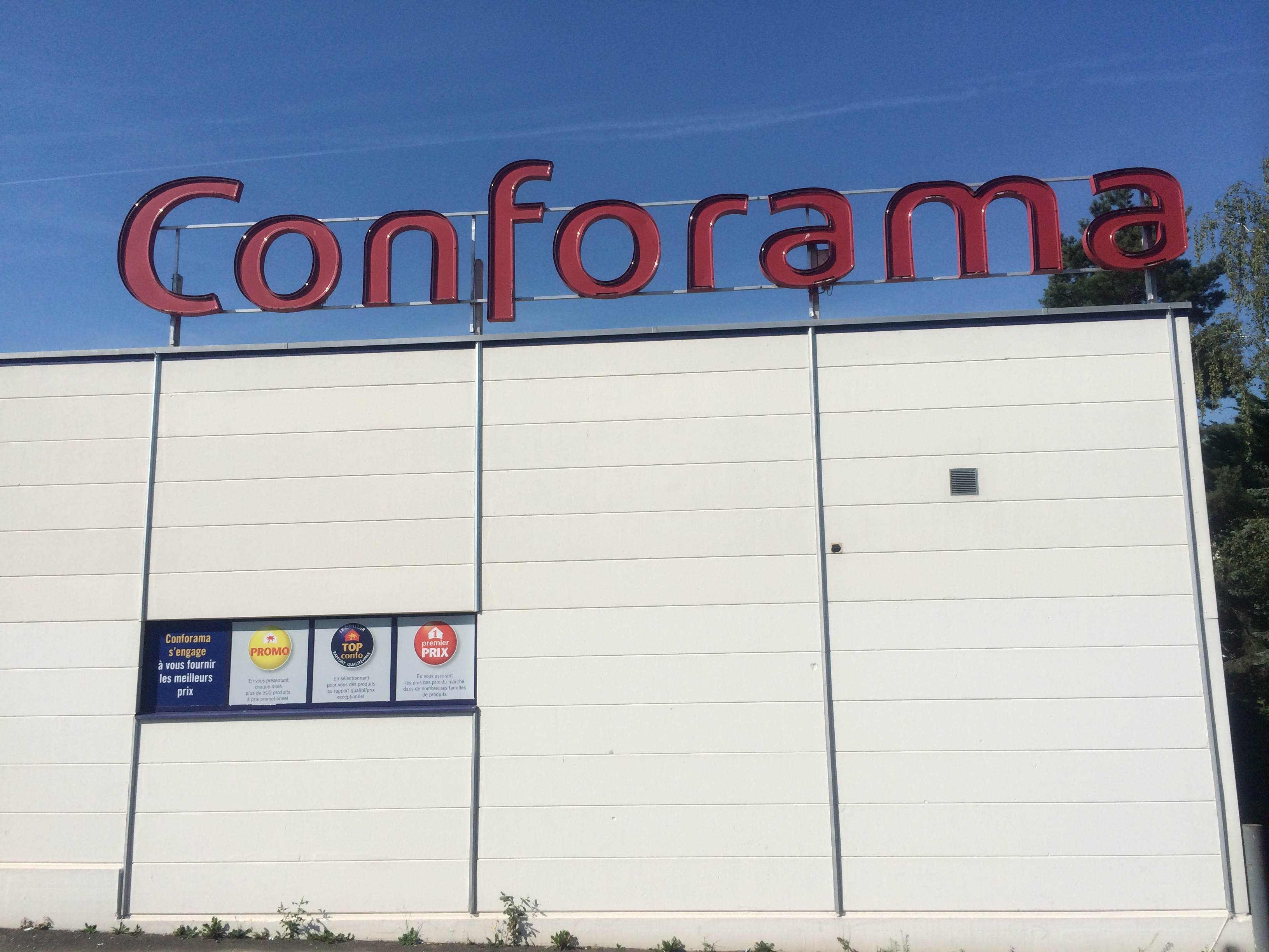 Conforama Sofa Gabon Where To Buy Housewares And Home Furnishings In Geneva Living In