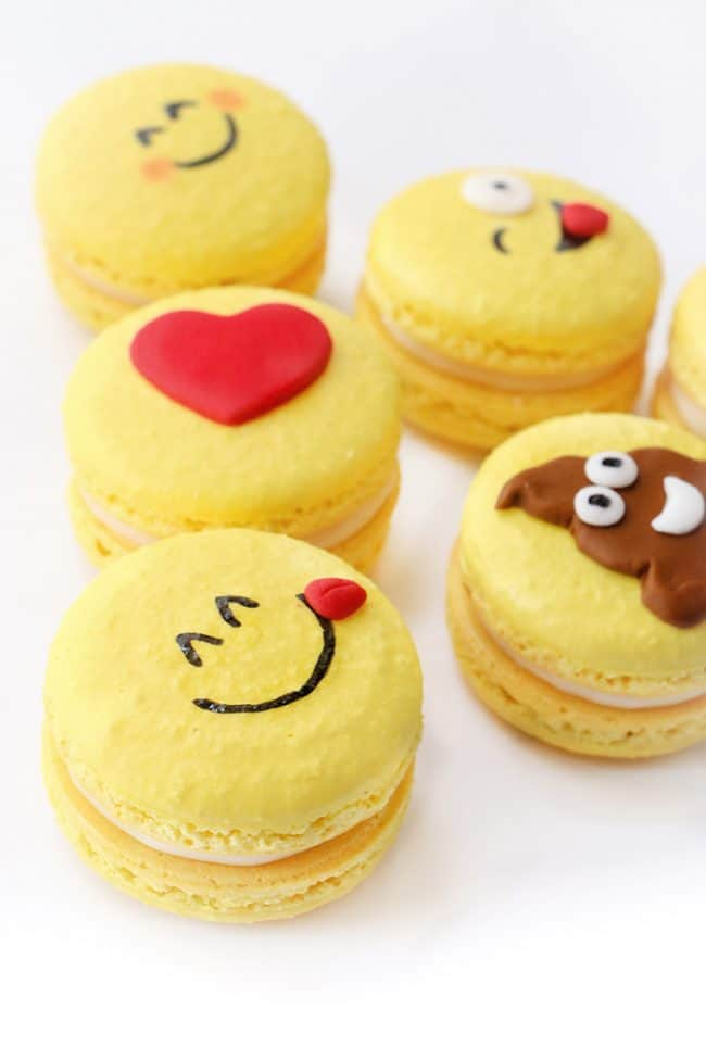 Decoration Anniversaire Emoji The Best Emoji Cakes | Emoji Dessert Party Ideas