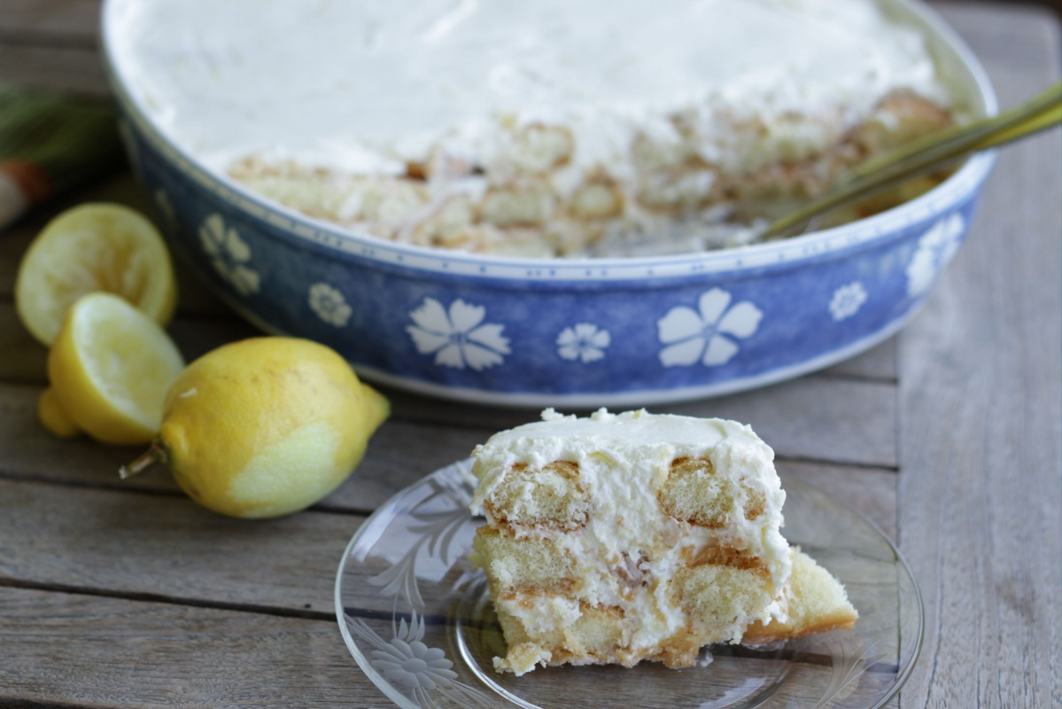 Lemon Tiramisu - Living on Cookies