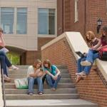 How to teach your teen to live on a budget in college