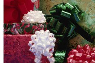 Stock up at Hallmark's BOGO free holiday sale