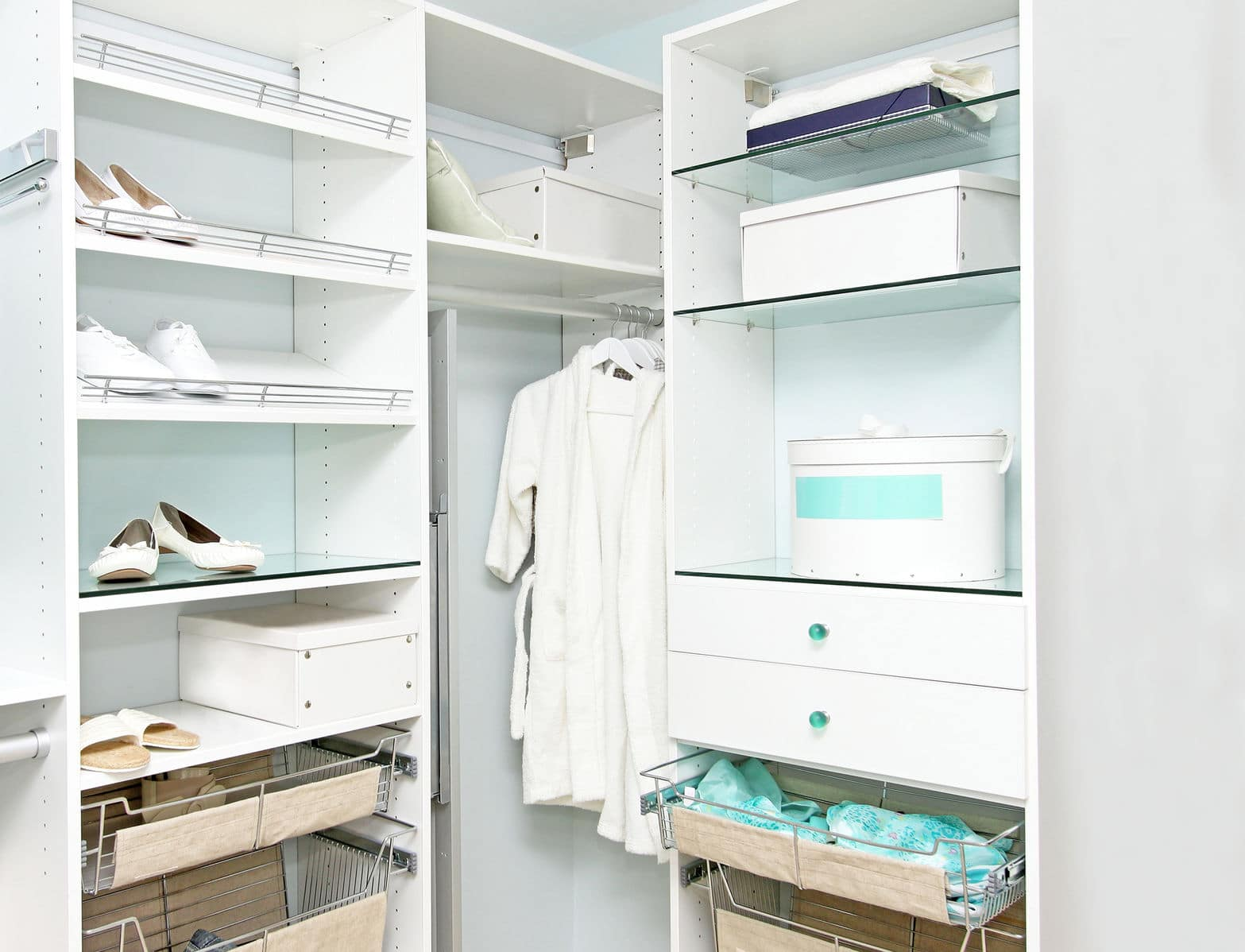 Ikea Walk In Robe Simplify Your Wardrobe Smart Ways To Declutter Your Closet