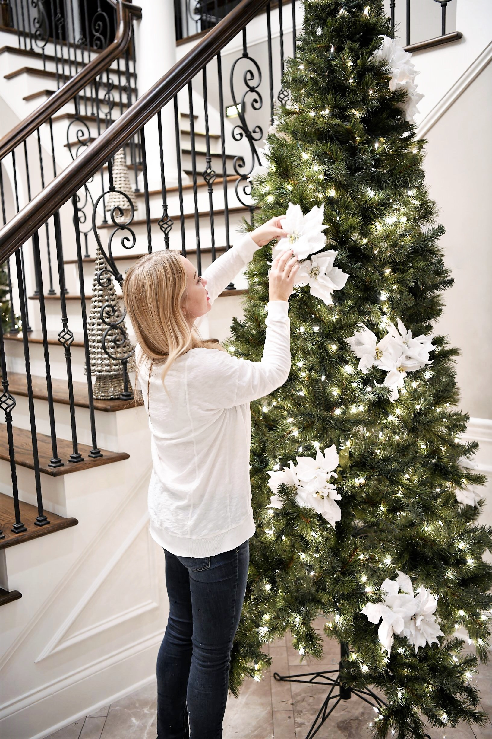 White And Silver Christmas Tree Decorations