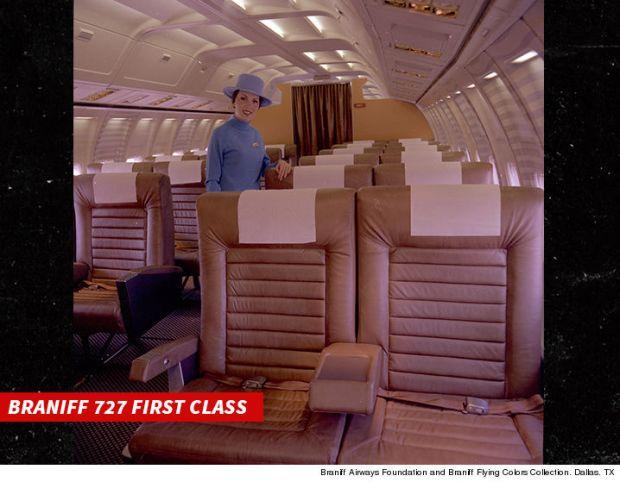 1014-Braniff-727-First-Class