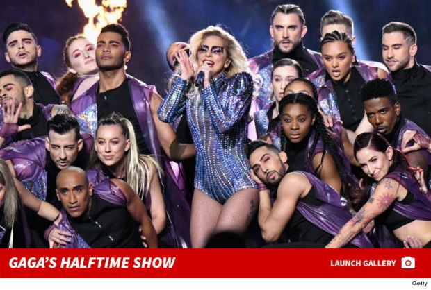 0208-lady-gaga-halftime-show-photos-footer