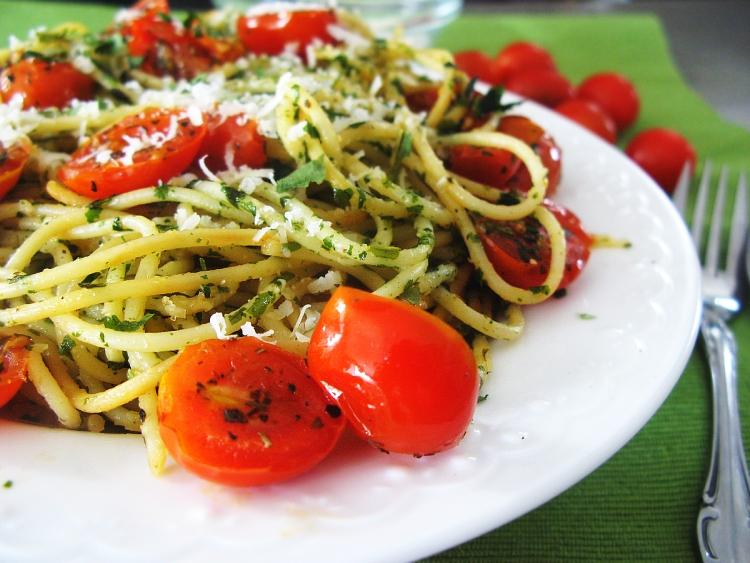 spaghettizczosnkiemniedzwiedzim_localfoodie_wpis
