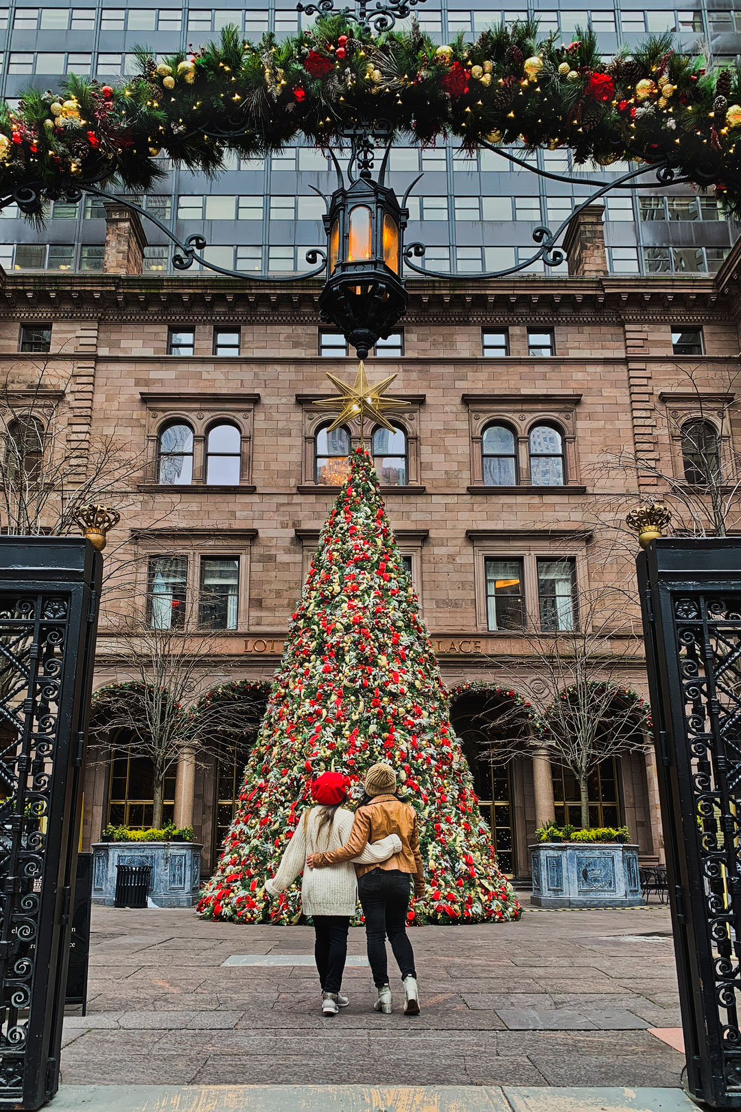15 Best Places To Spend Christmas In Usa Local Adventurer - Party City Xmas Decor