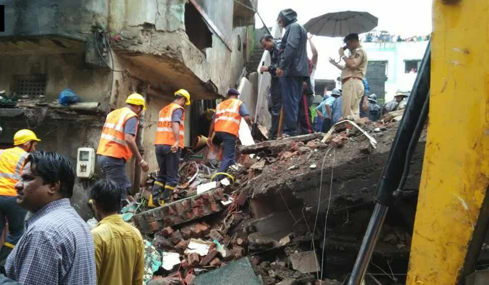 Two killed in building collapse in Thane