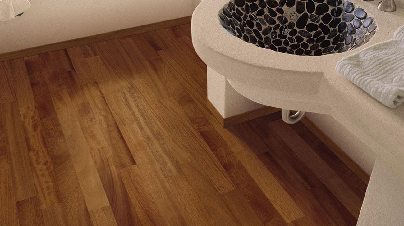 Outlet Houten Vloeren : Badkamer op houten vloer douche op houten vloer