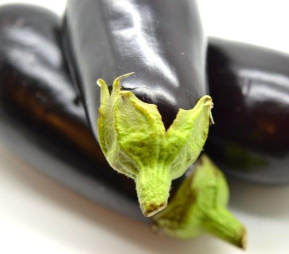 aubergines crues