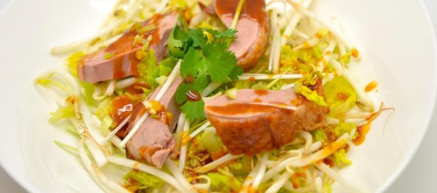 Salade au canard laqué