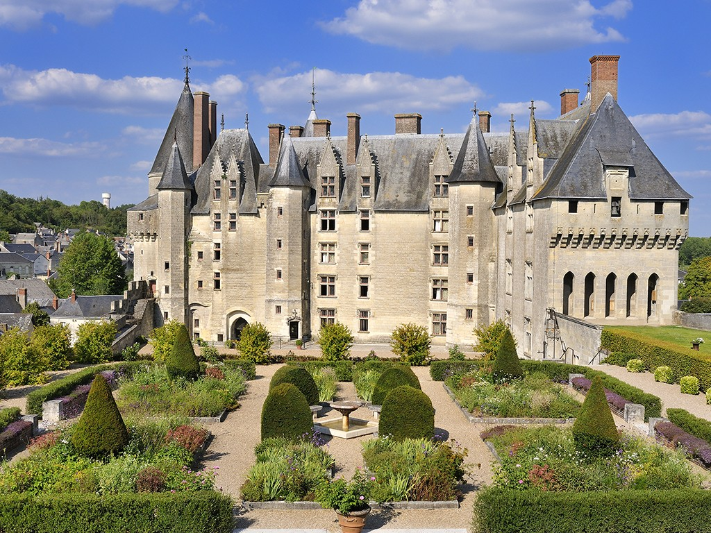 Bourgogne Chateau Loire Bourgogne Super Stay Combo 5 Days 5 Nights In Hotel