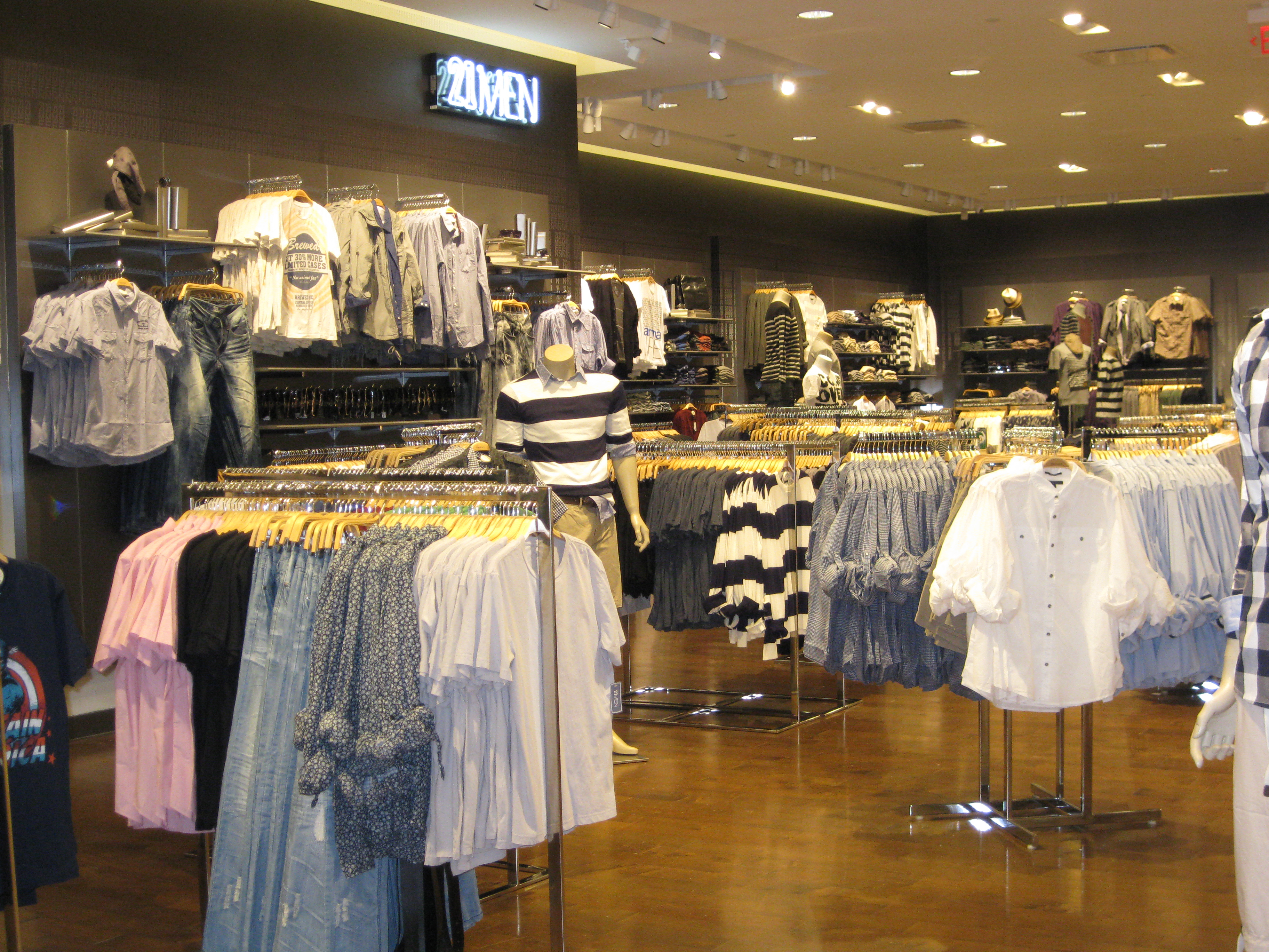 21 Forever The Largest Forever 21 In The Us Opens In Las Vegas