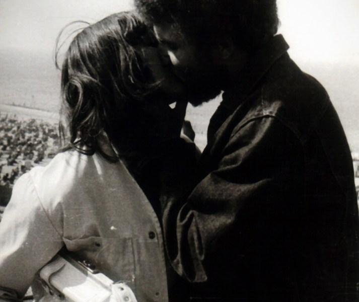 Ein Kuss ist ein Kuss...