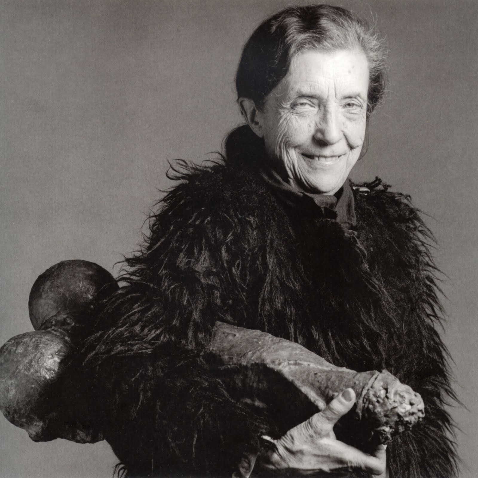 a-louise-bourgeois-1-por-robert-mapplethorpe