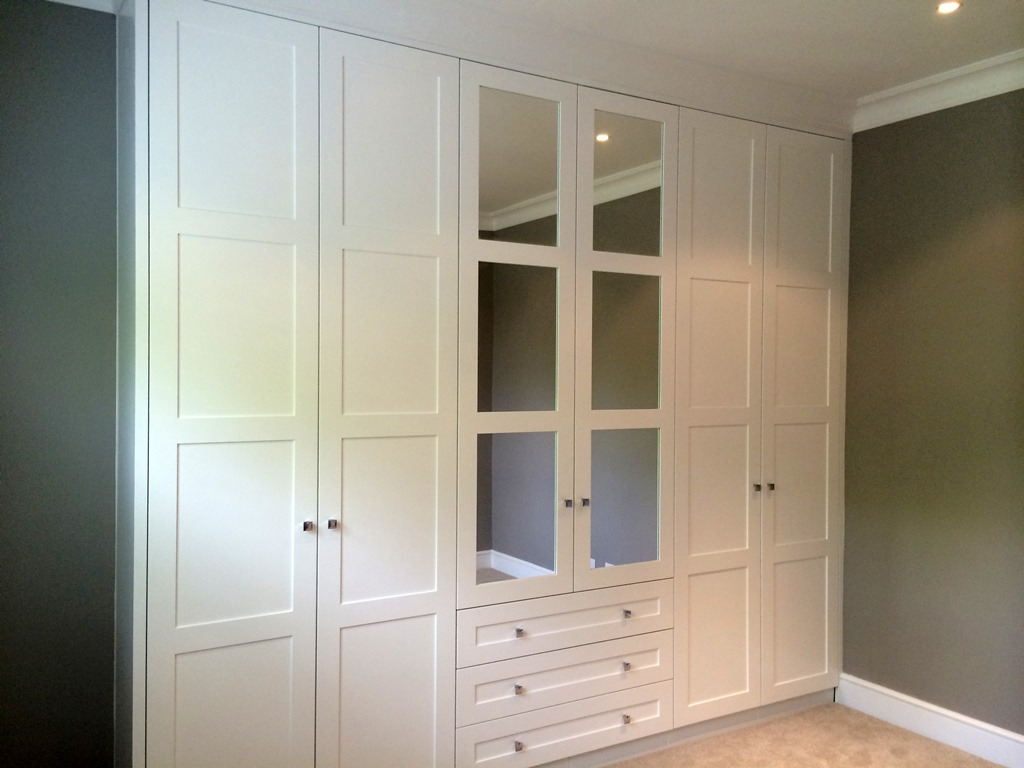 Build In Wardrobe Fitted Wardrobes And Bedroom Furniture London Bespoke