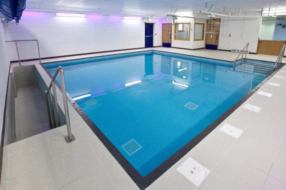 Swimming Pool Shape Hydrotherapy Pools | Showcase | Lspc