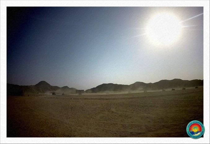 Wüstensafari - Ankunft im Beduinendorf