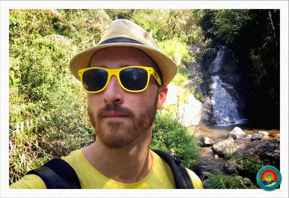 Michael beim Wasserfall in Banaue