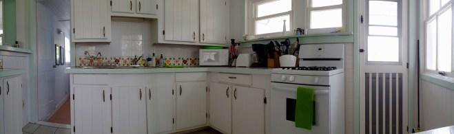 Kitchen with door to bedroom 2 – the blue bedroom