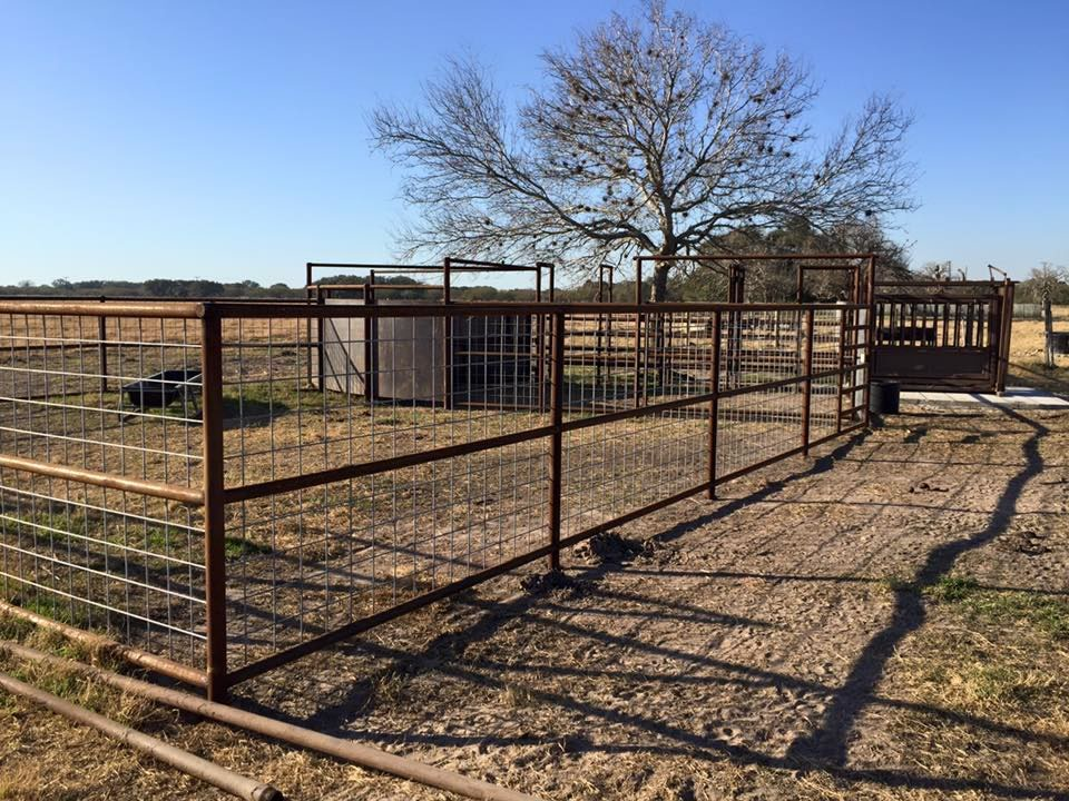 Corral Fence Fort Worthwyoming Farm And Cattle Ranch For