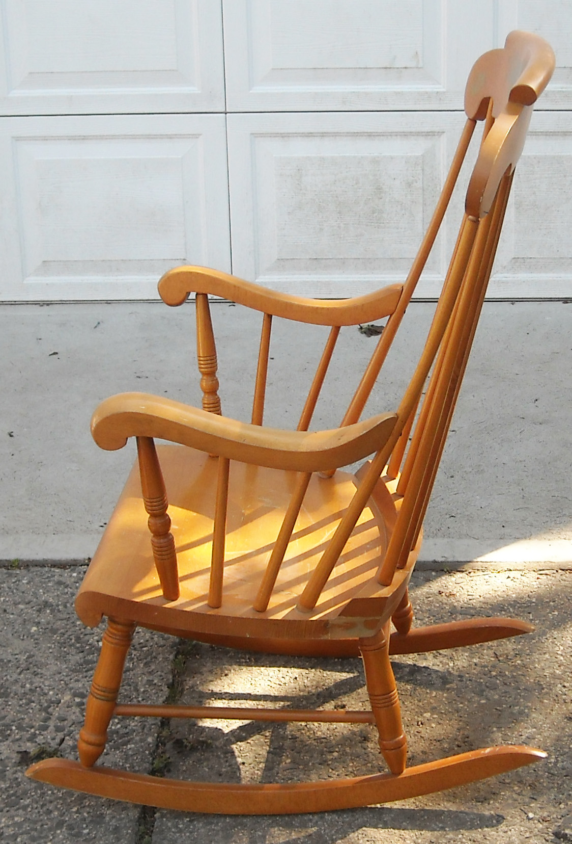 Rocking Chair Soldes Vintage Solid Maple Rocking Chair Sold The Long Island