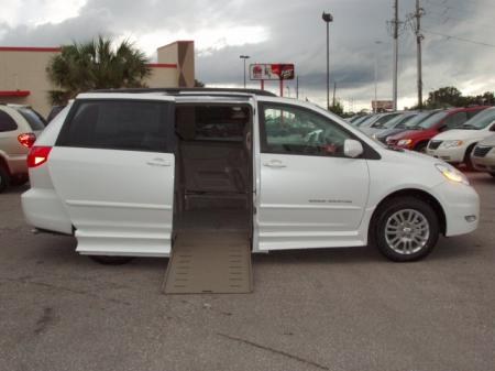 Toyota Sienna 2005 Review, Amazing Pictures and Images \u2013 Look at