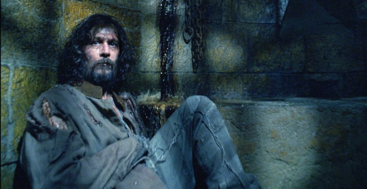 GARY OLDMAN as Sirius Black in Warner Bros. PicturesÕ fantasy ÒHarry Potter and the Prisoner of Azkaban.Ó PHOTOGRAPHS TO BE USED SOLELY FOR ADVERTISING, PROMOTION, PUBLICITY OR REVIEWS OF THIS SPECIFIC MOTION PICTURE AND TO REMAIN THE PROPERTY OF THE STUDIO. NOT FOR SALE OR REDISTRIBUTION.