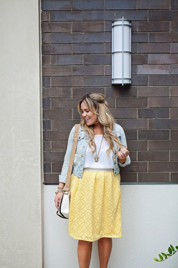 honey and lace, honey and lace skirt,online fashion, online women's boutique, ootd, yellow skirt, trendy online women's boutique