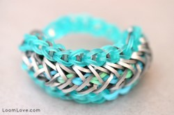 How to Make the Arrow Stitch Bracelet
