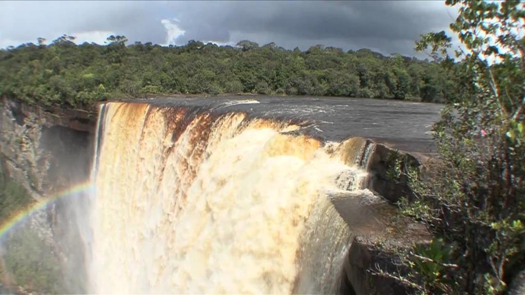 Victoria Falls Live Wallpaper Places We Love Kaieteur Falls Guyana Loop News