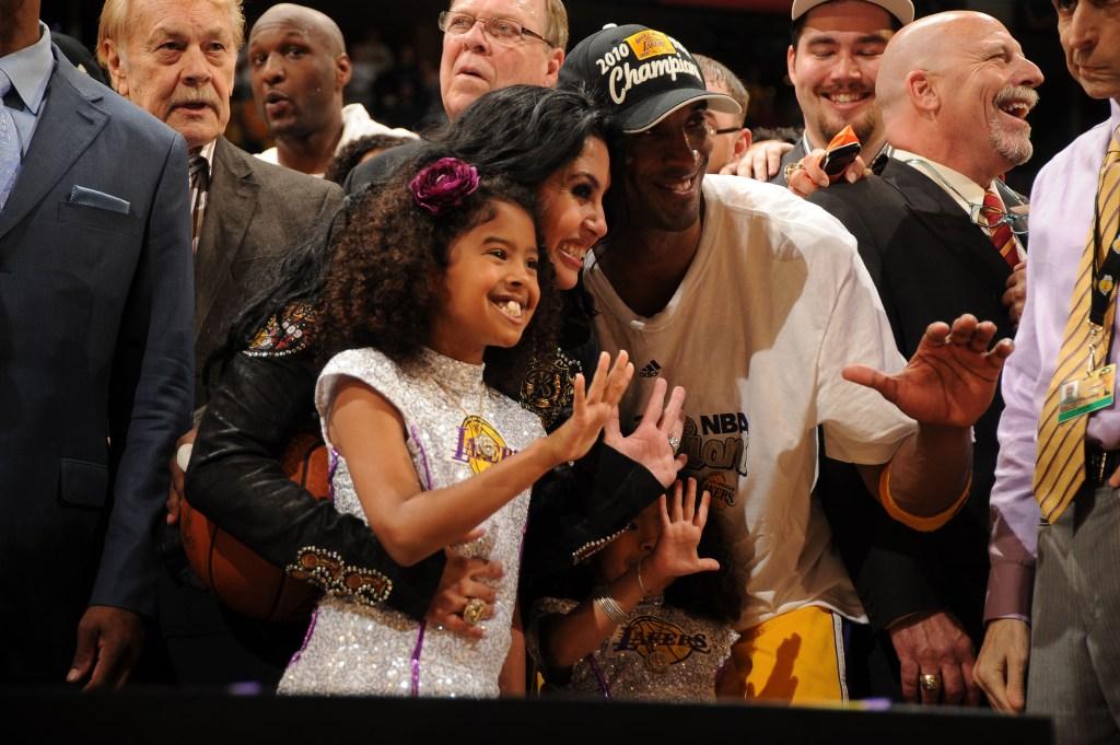 Kobe Vanessa Bryant Through The Years Cbs Los Angeles