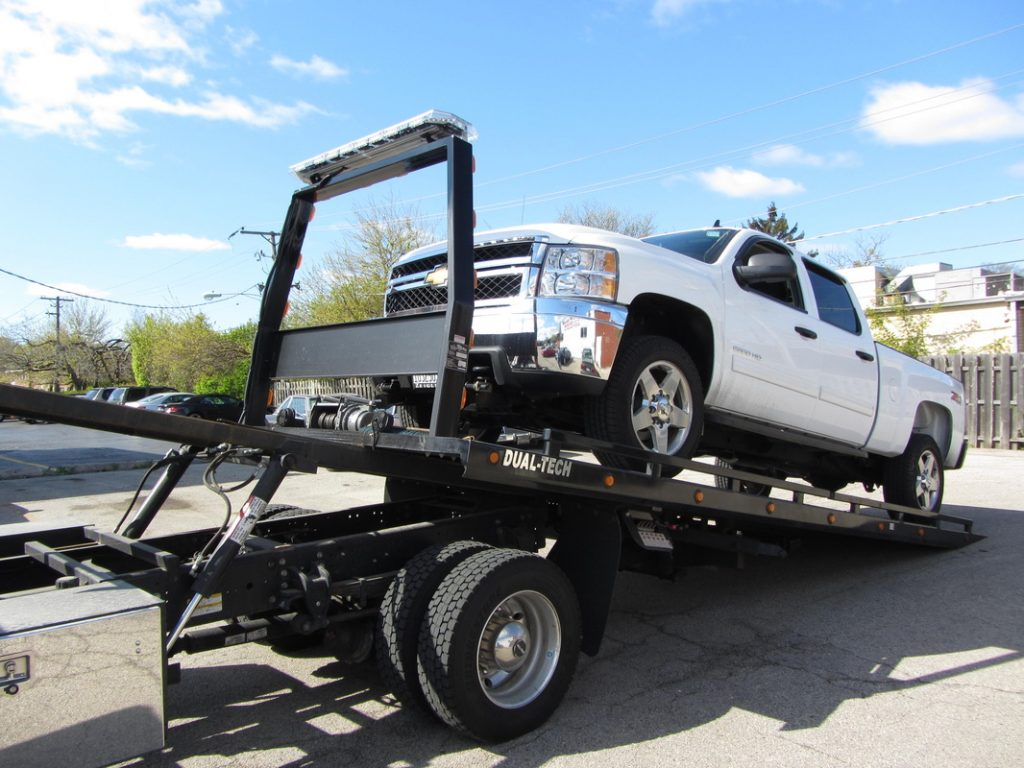 Towing Car Fox Towing Los Angeles | 24/7 Towing & Roadside Assistance
