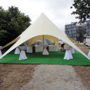 location_moquette_tente_cocktail_premiere_pierre_chantier