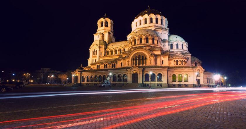 Credits. Sofia by Grekov/123rf