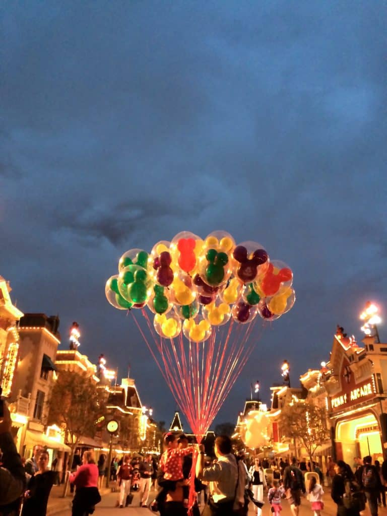 Entry10 10 Tips And Tricks To Experience Disneyland Like A Pro