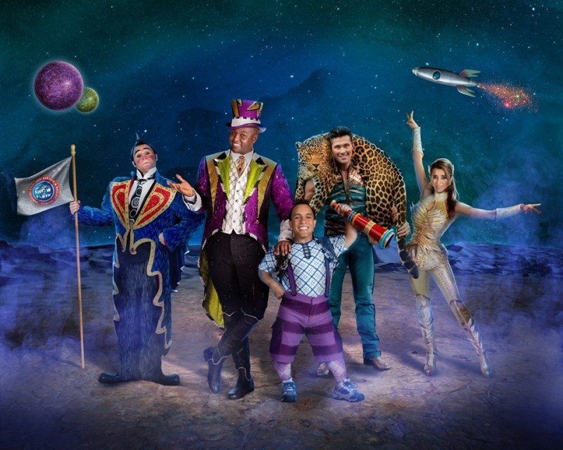 Cast Photo Teaser RBBB146_Out Of This World