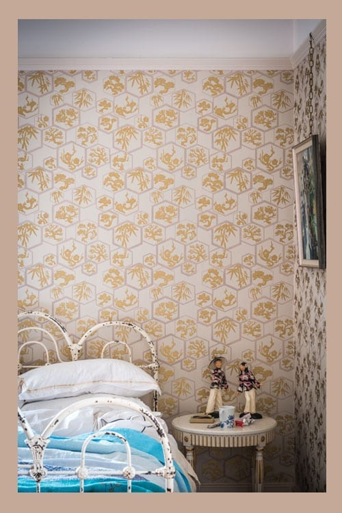 Wallpaper On Bedroom Wall Quotes Wallpaper Wednesday Shouchikubai From Farrow And Ball