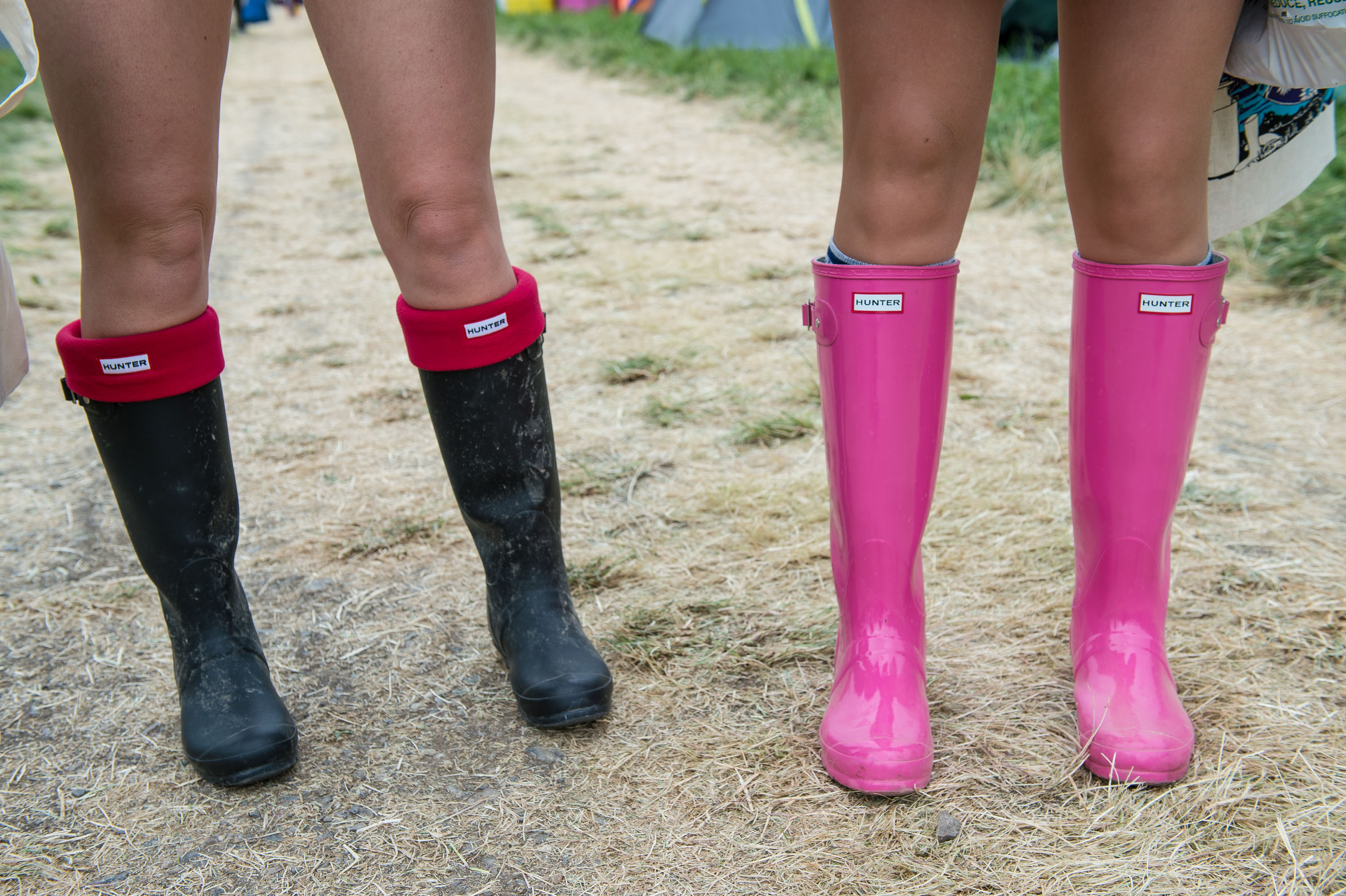 How To Wear Rain Boots Without Dampening Spring Style