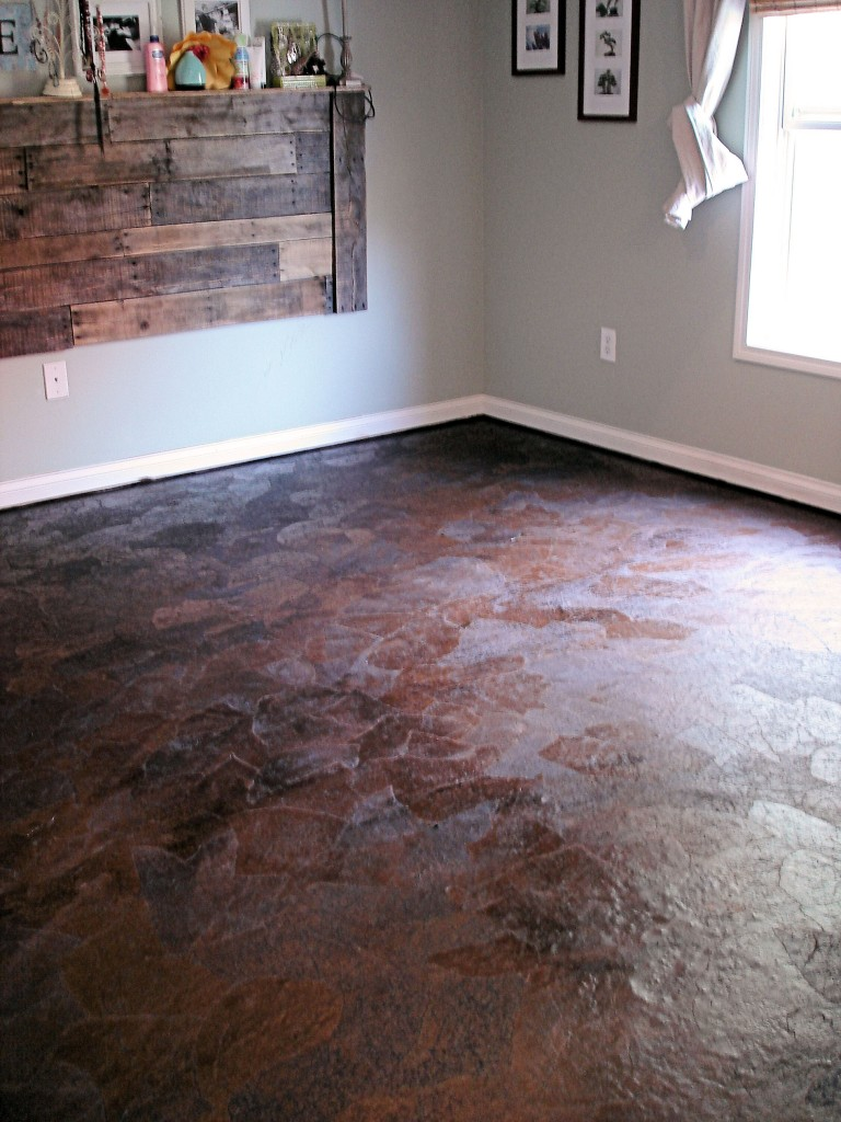 Master Bedroom Paper Floor