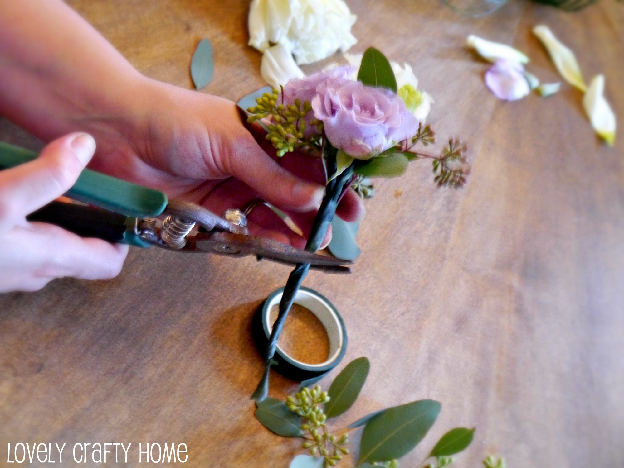 Tutorial how to make a corsage like a pro wash mightylinksfo