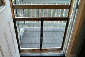 Pet Screen Door Hack