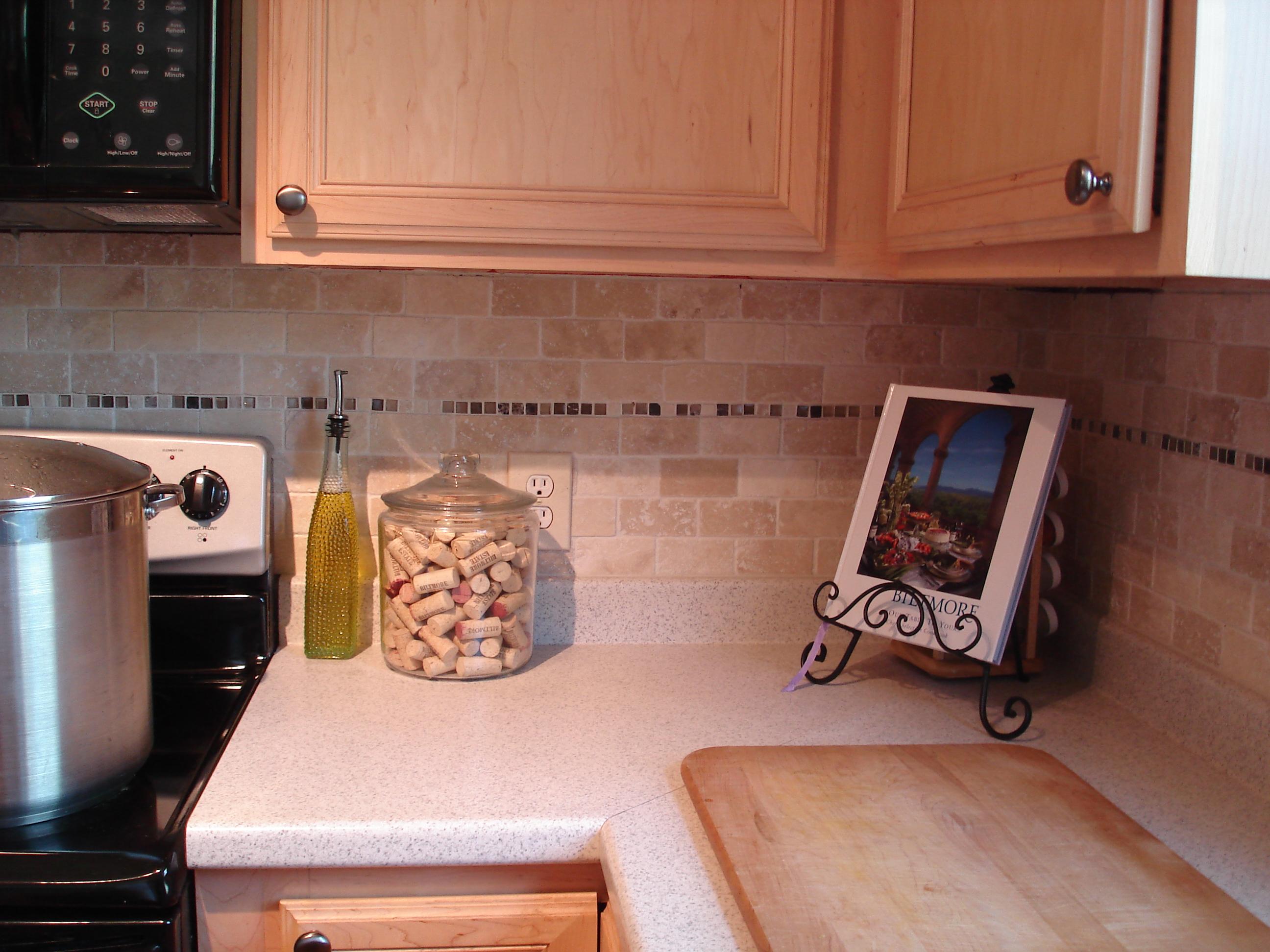 tutorial tile kitchen back splash kitchen backsplash Tutorial Tile Kitchen Back Splash