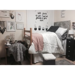 Small Crop Of Dorm Room Stuff