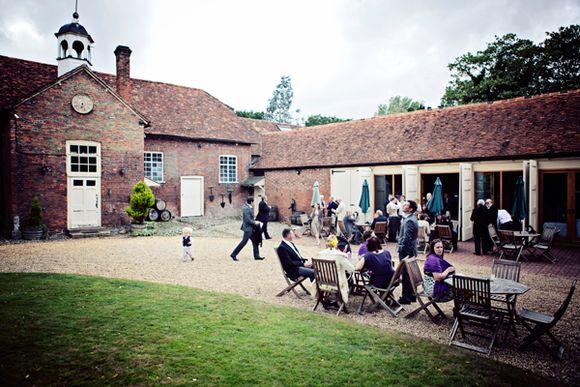 A Rustic Vineyard Wedding for an Alan Hannah Bride... (Weddings )